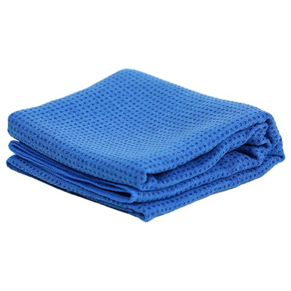 yoga towel blauw gevouwen